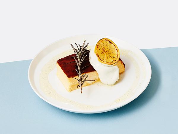 北海道産チーズ×心地よい食感。進化系チーズケーキのフェアがカフェ&ブックス ビブリオテークとタルタートで