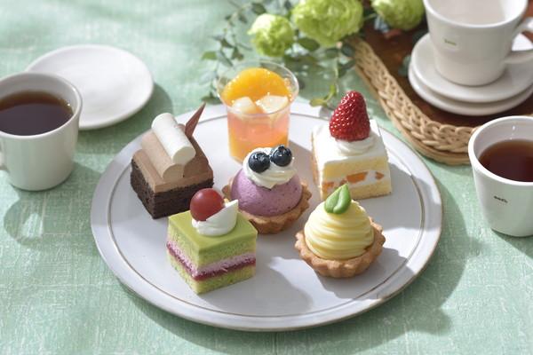 おうちでアフタヌーンティーができちゃう♪コージコーナーのプチケーキでおうち女子会してみない?