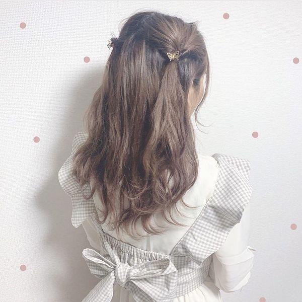 まるで髪に蝶々が飛んでるみたい…♡バタフライクリップを使った簡単ヘアアレに挑戦してみない?