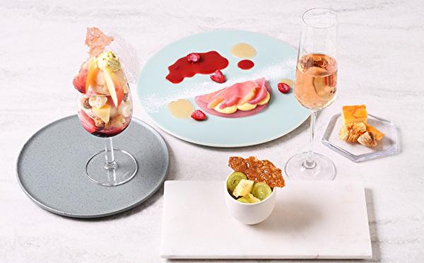 この夏、ちょっと贅沢したい人にぴったり♩銀座・フルーツサロン8月のフルコースは「とろける桃」が主役♡