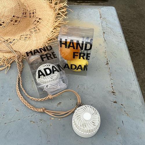 「アダム エ ロペ」からモード気分で涼める、おしゃれハンズフリーファンが発売されたって知ってる?
