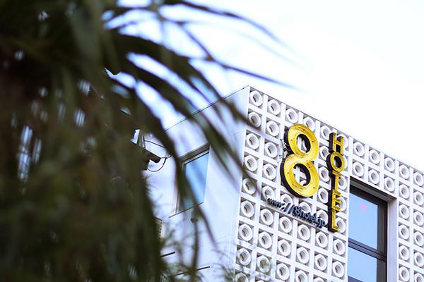 海外のモーテルみたいな雰囲気にワクワクしちゃう♡「エイトホテル茅ヶ崎」が7月17日にグランドオープン!