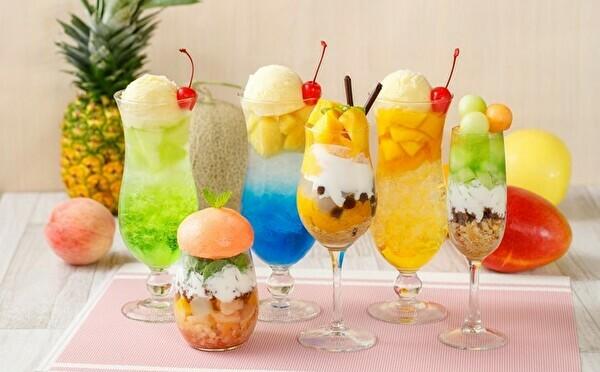 果実たっぷりパフェ&クリームソーダは夏限定♡アリスレストラン都内3店舗でフルーツフェスが開催中です!