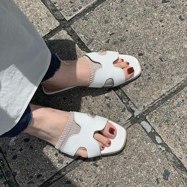 やっと救世主見つけた♡サンダルの靴擦れから解放してくれる、タビオのサンダル用ソックスが優秀すぎるんです◎