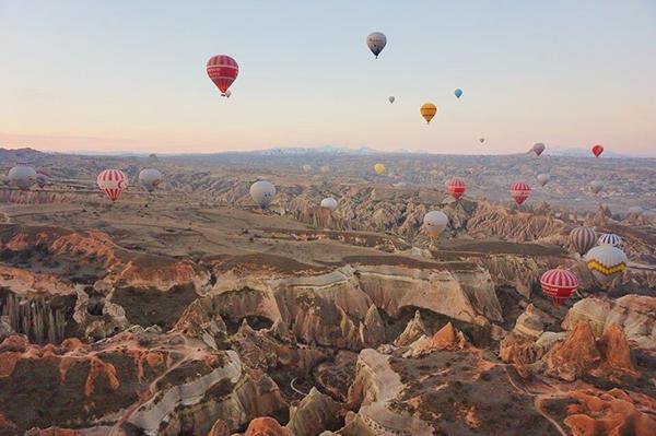 別世界が見られる気球ツアー。親日トルコ旅行で非日常を体験する♡