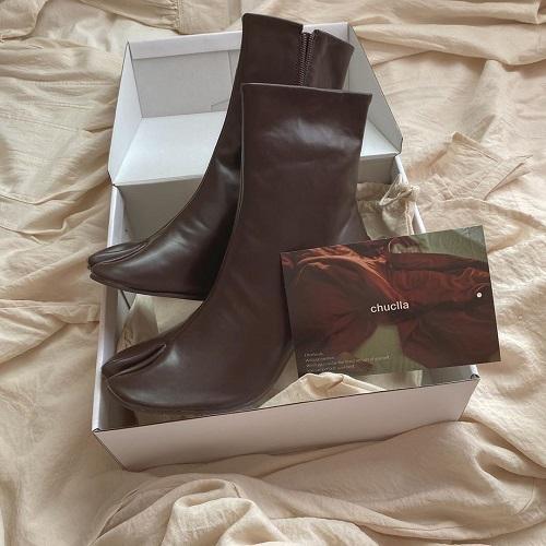 流行りのブーツは差別化したいから。センス良いおしゃれさんになれるchucllaの「足袋ブーツ」がおすすめです♡