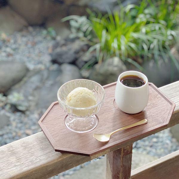 映え目的より、雰囲気で選びたい。元銭湯をリノベしたカフェ「レボン快哉湯」で至福の時間を過ごしてみない?