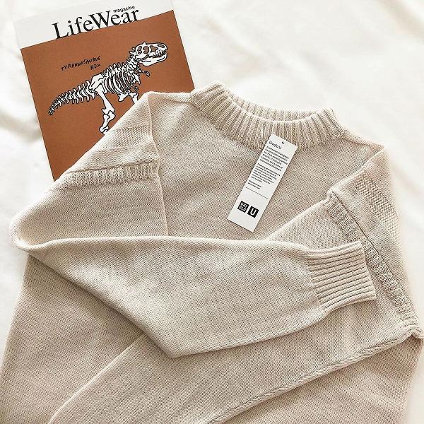 このもふっと感がたまらない…。ユニクロのメンズアイテム「モックネックセーター」が今年もかわいすぎました♡
