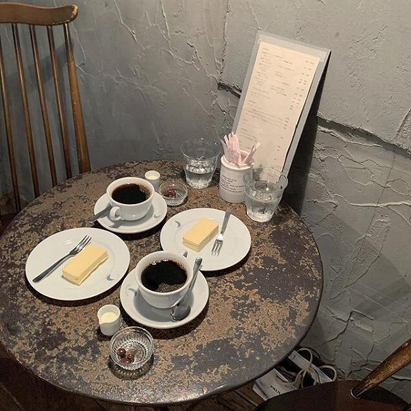 秘密にしておきたいほど素敵な隠れ家見つけた。「Moon Factory Coffee」はデートの最後に行ってみたい♡