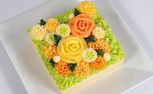 フランス発「ベイユヴェール」の花束みたいなケーキに待望の新作2種がお目見え♡オンラインでお取り寄せも◎