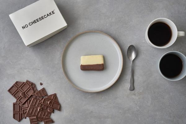 NO COFFEEと旅するチーズケーキがコラボ!ヨーグルト×ダークチョコ「NO CHEESECAKE」を隔週で販売♪