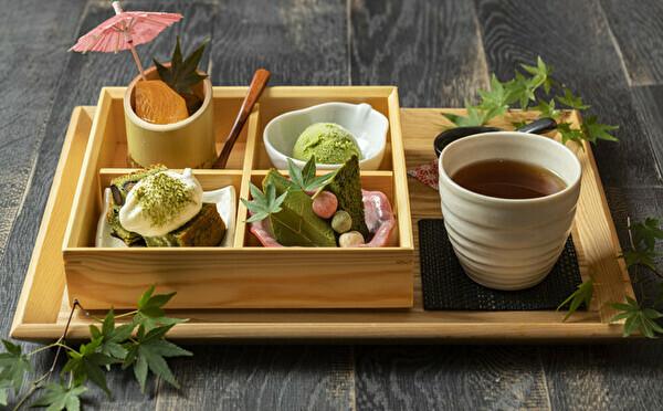 紅葉の絶景と楽しめちゃう「抹茶尽くしBOX」が登場!京都・嵐山のOBU CAFEは散策の途中に立ち寄りたい♩