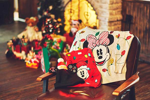 やっぱりこの季節が1番好きかも♡心躍る『クリスマスアイテム』がディズニーストアとショップディズニーに登場