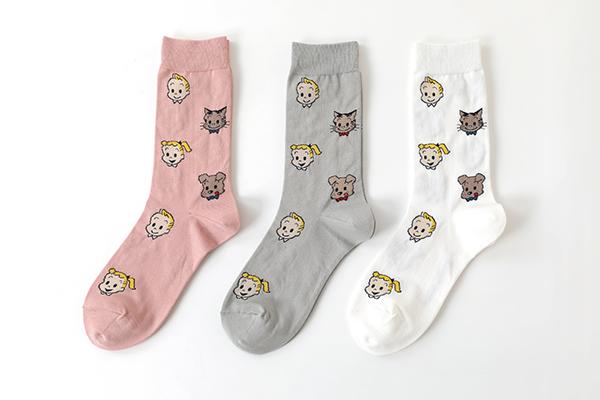 「靴下屋×OSAMU GOODS」の第2弾♡履くだけで楽しい気分になれちゃうお気に入りの一足を見つけてみては?