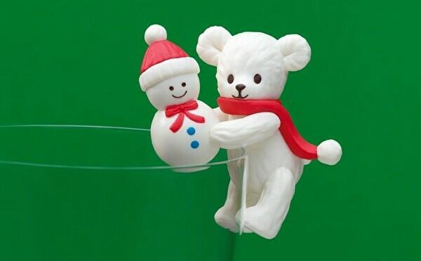タリーズの「ふちベアフル」が2種のポーズでお目見え♡クリスマス限定ドリンクと一緒にゲットしちゃお♩
