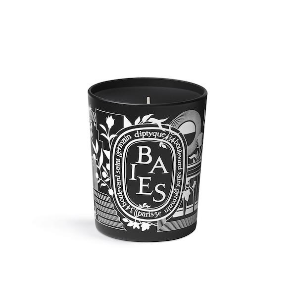 """4日間だけ発売される限定デザイン。ディプティックのアイコン的キャンドルが""""ブラック""""になってお目見えです"""