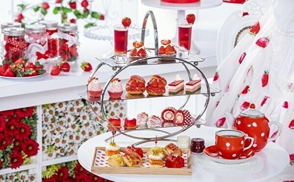 甘酸っぱくてキュートなアフタヌーンティー×ビュッフェが開催♡ヒルトン名古屋でいちごの季節が始まります!