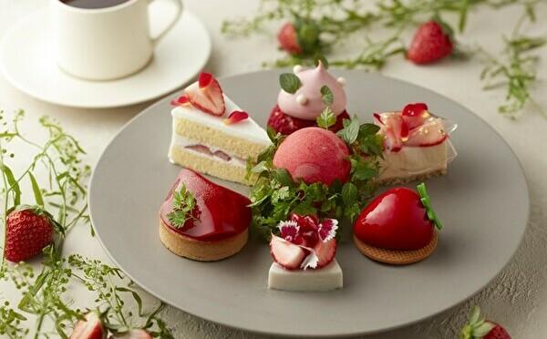 7種の苺スイーツをひとりじめ。ハイアットセントリック銀座、数量限定「苺のケーキセット」がご褒美感たっぷり