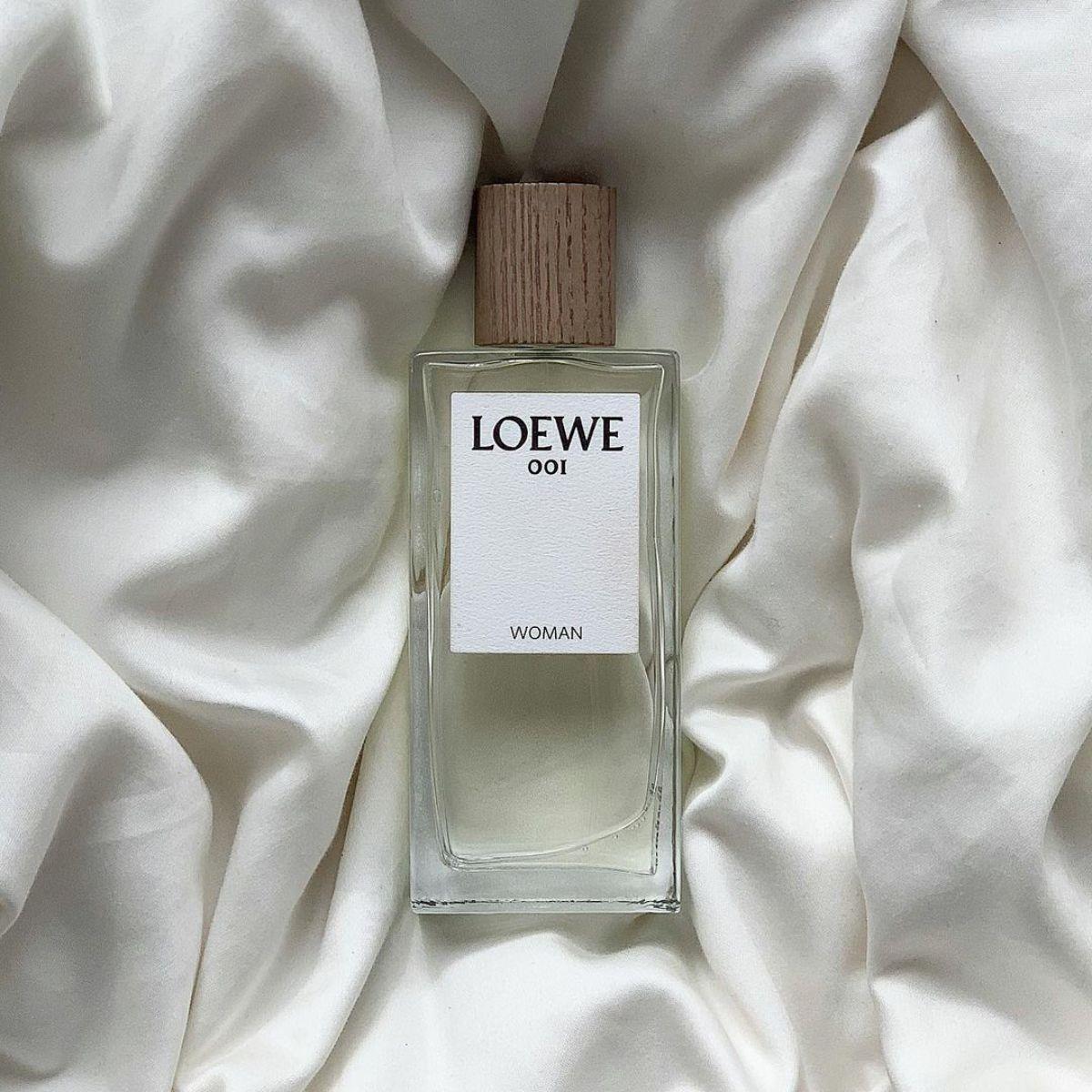 おしゃれさんは必ず持っている「ロエベ」の香水が気になる。一度使ったら忘れられない香りに心を掴まれました。