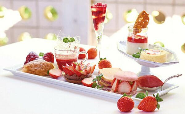 KIHACHIに苺の季節が到来。ご褒美感たっぷりの新作プレート×一番人気のナポレオンパイは見逃せません