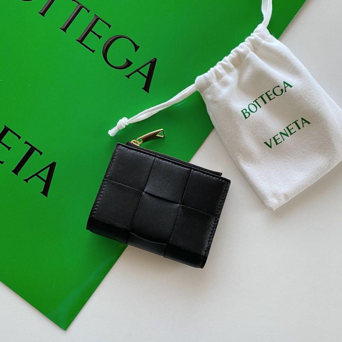 次に来る「ミニ財布」はこのブランドかも。革を編み込む唯一無二のデザインに一目惚れしました。