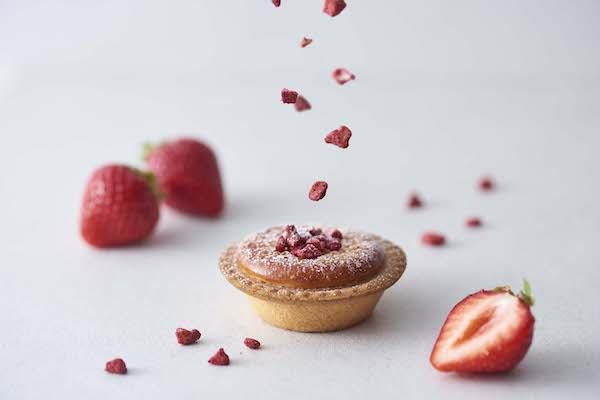 一足先に春気分。BAKE CHEESE TARTの春限定フレーバー「サク咲く あまおう苺チーズタルト」を召し上がれ