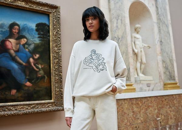 ユニクロの「ルーヴル美術館コラボアイテム」が早くも話題沸騰中。現代的に描かれた名作から目が離せません