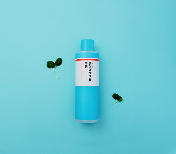 アピューの「マデカソCICAシリーズ」に待望の化粧水が誕生!肌がゆらぎがちな春にぴったりのアイテムです