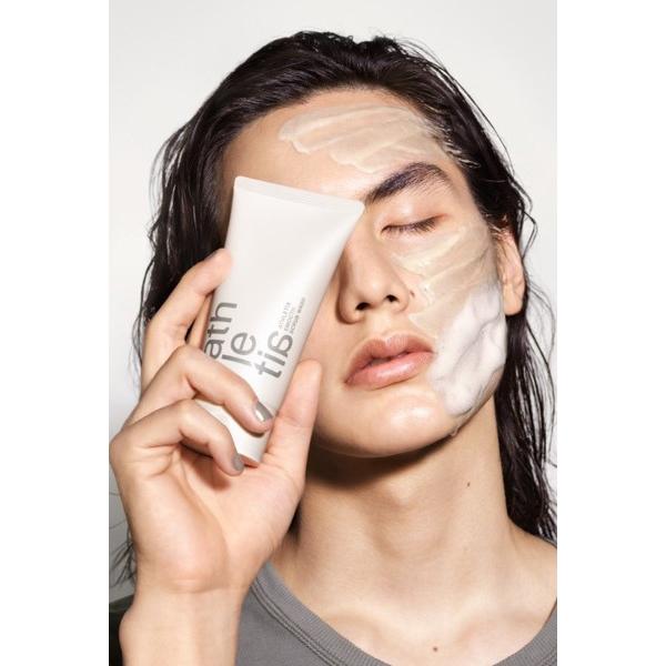 肌の状態に合わせて2通りの使い方がある洗顔料って新しい!「アスレティア」から洗顔料と美容液が新登場