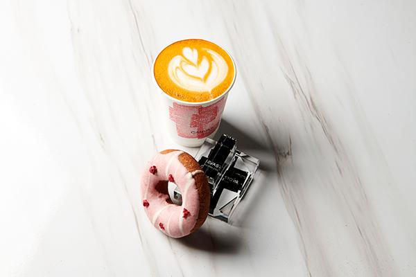 """ノンカフェインなのに濃厚リッチな""""ルイボスエスプレッソ""""。「red espresso」のPOP UPが広尾と代官山で"""