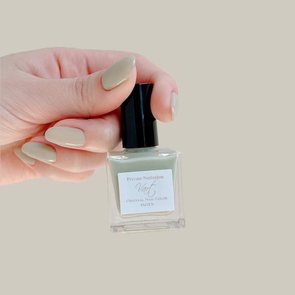 ずっと眺めていたくなるきれいな爪に。「ヴェイル オリジナルネイルカラー」のちゅるんとした透明感に一目惚れ