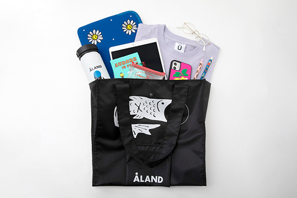 """限定デザインのトートバッグ付き。韓国発のセレクトショップ「ALAND」が初の""""ブランドブック""""を発売"""