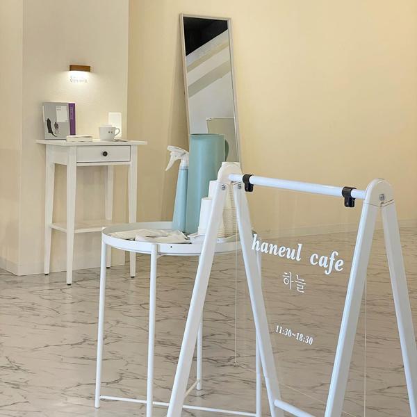 まるで韓国の個人経営カフェ。大阪「ハヌルカフェ」はどこを撮っても映えちゃうおしゃれ空間って噂です