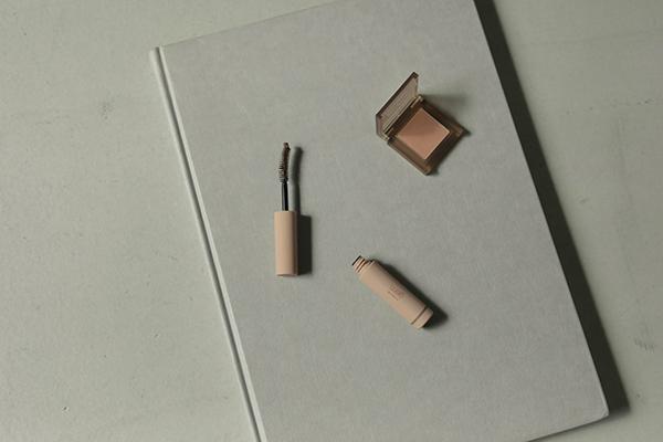 la peau de gem.から春の新作コスメ第3弾が登場。ニュアンスカラーでおしゃれな抜け感メイクに挑戦しましょ