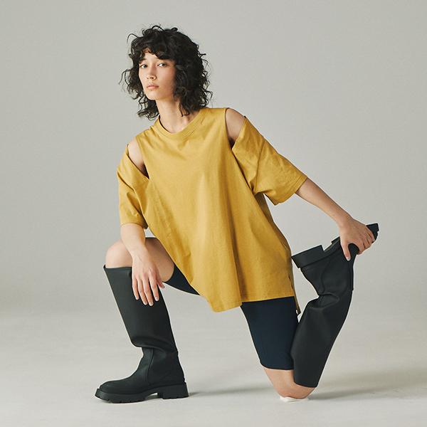 夏に不可欠な無地Tはシルエット重視で選びたい。「ブルーブラン」のオリジナルTシャツが名品揃いで困っちゃう