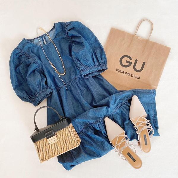 【GU】見てかわいい、着てびっくり!「デニムティアードワンピース」のスタイルアップ効果が高すぎなんです