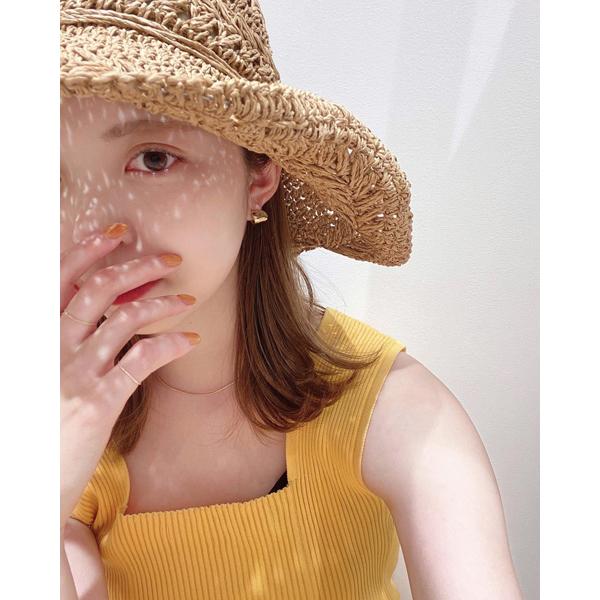 顔にかかる影さえかわいく操りたい。360度おしゃれに決まる「mystic」のストローハットがこの夏の味方