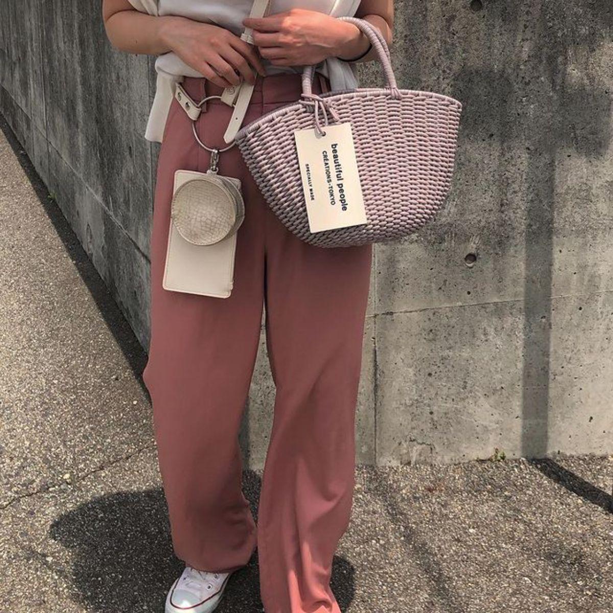 「beautiful people」の夏バッグが心を射抜かれるかわいさ。涼し気なデザインと色味にきゅんとします