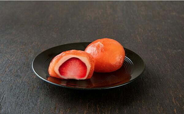 京都駅の新ブランドで限定販売。ぷるぷるのわらび餅で包まれた究極のフルーツ大福『果実とわらび』が見逃せない