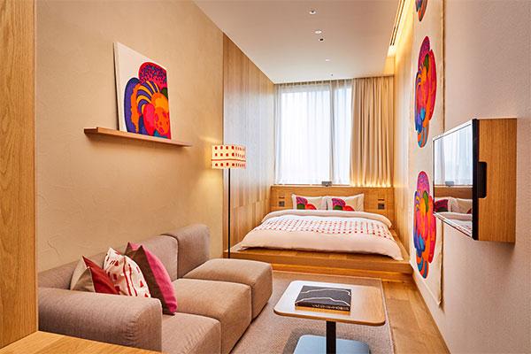 MUJI HOTEL GINZAに夏季限定でアートギャラリールームが登場。のんびりしたい休日は、素敵空間で癒されよ