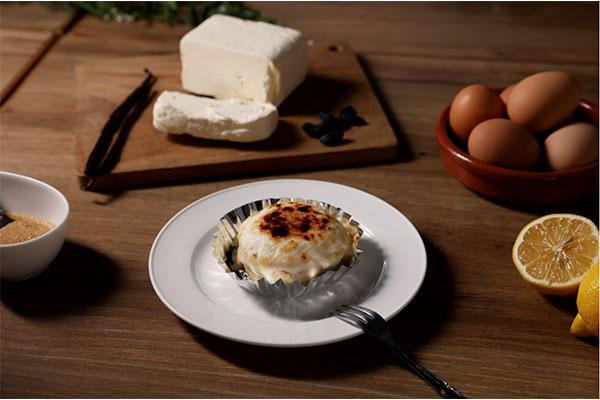 とろサク!恵比寿・café&dining nurikabeの有名スイーツが、アイスチーズケーキになってオンラインに登場