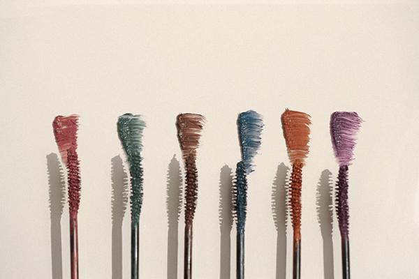こんな絶妙カラーを探してたの…!「hince」から登場するアイライナー&マスカラが大人っぽくて素敵なんです