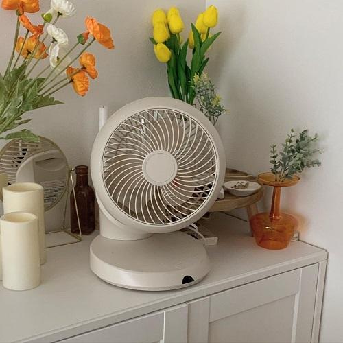 しっかり涼みたいけど、ダサいのはいや。スタイリッシュなデザインでお部屋になじむ「サーキュレーター」6選