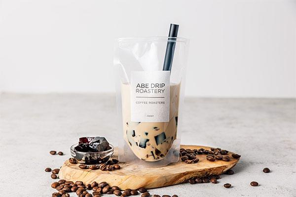 コーヒーの魅力にハマるかも。アベ ドリップ ロースタリーの自家焙煎クラッシュゼリーラテが絶品みたい