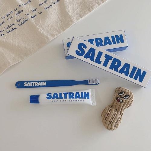 「それどこの?」って言いたくなるパッケージにキュン。韓国で話題の「SALT RAIN」の歯ブラシが気になる