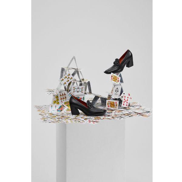 モードなデザインから目が離せない!カンペールの新コレクション「KAROLE」はハイセンスな足元が作れちゃう
