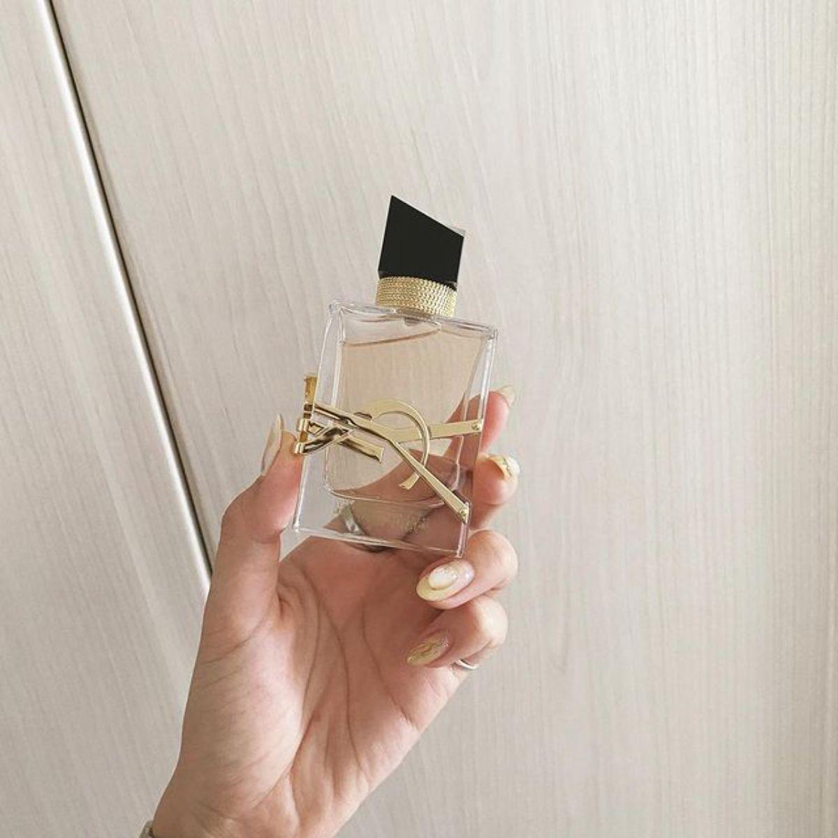 """「それどこの香水?」の声が止まないほど""""イイ女""""の香り。キツすぎず上品で惹かれる人が増えてるんです"""