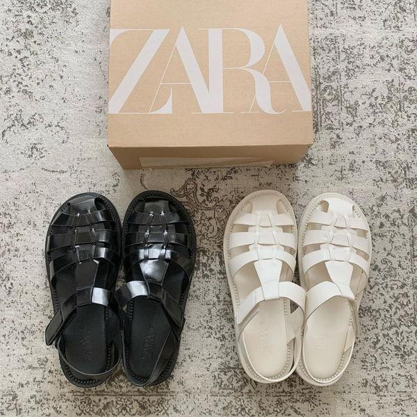 【ZARA】大人気「#グルカサンダル」が3000円台に!ソックス合わせで、秋もヘビロテできるから絶対買い