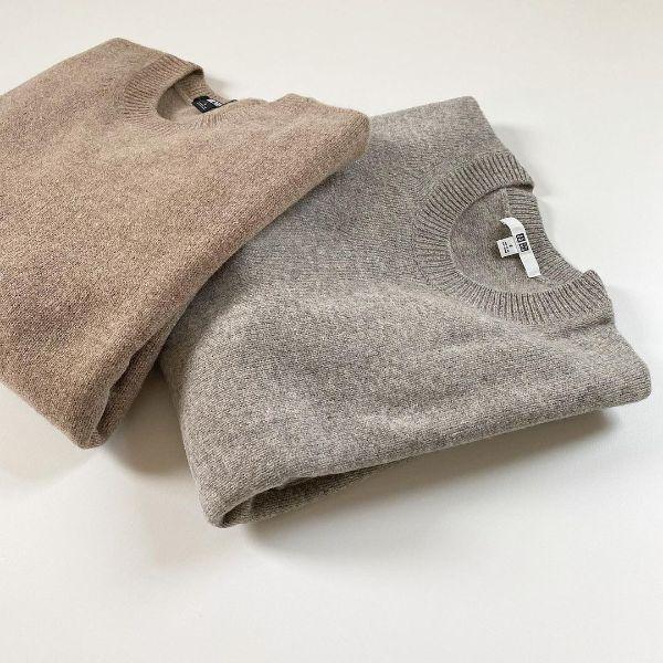 【ユニクロ】今年も間違いない仕上がり。ふんわり軽やか「ラムクルーネックセーター」はメンズのカラバリも必見