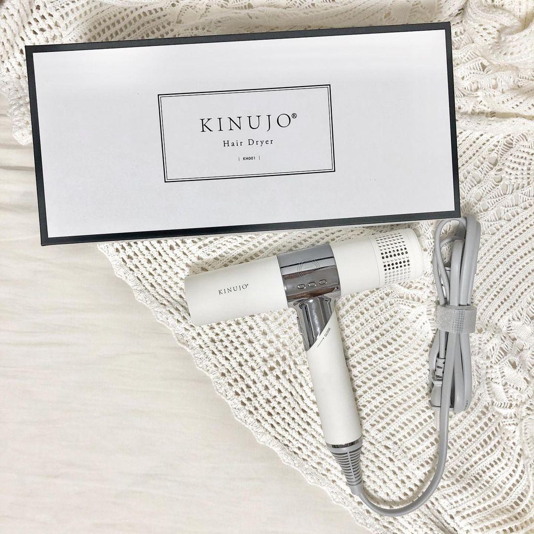 軽くて、おしゃれで、私の希望を全部叶えてる。「KINUJO」のドライヤーは見つけたら即買い